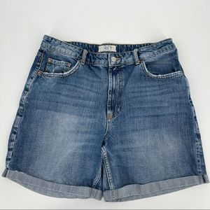 We the Free Distressed Ivy Jean Shorts size 30